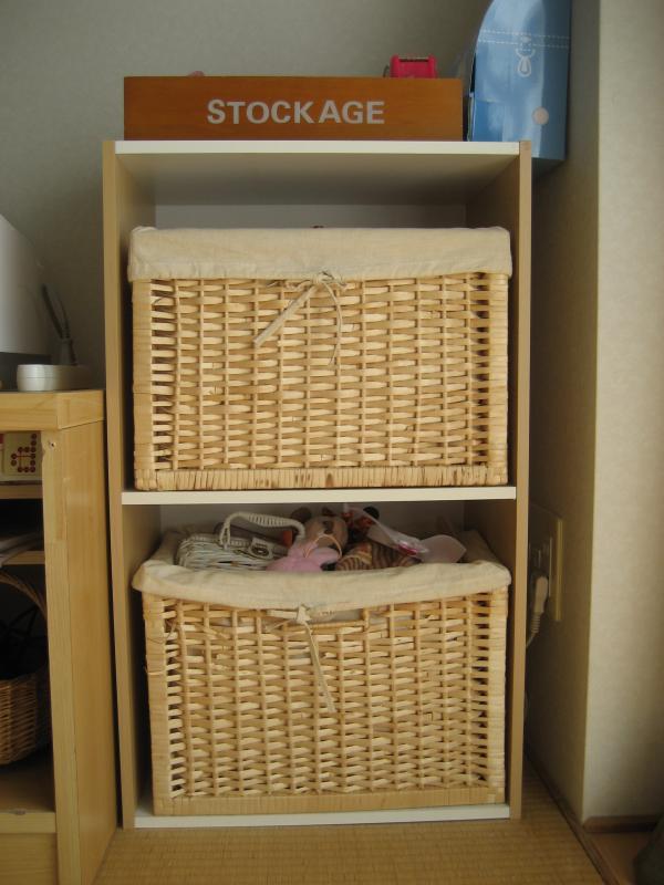 キッチン 手作りままごとキッチンカラーボックス : 棚に置いていたカゴボックスを ...