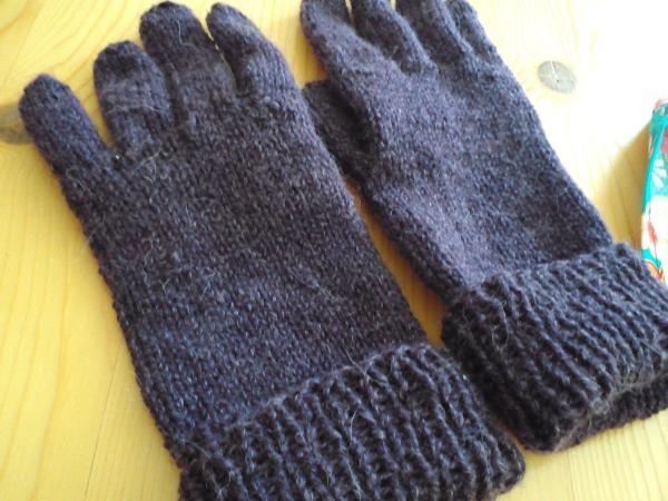 やっぱり手編みの手袋があったか可愛い♡編み方&アイデア♪