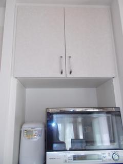 1008キッチン収納5.JPG