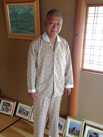 風水パジャマのご本人.JPG